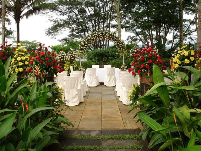 Club House Garden (Mesastila)